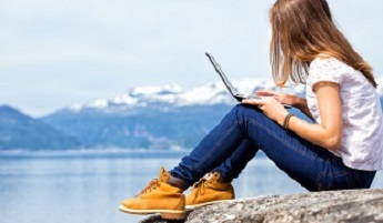Digital nomads – Will we all be working like this one day soon?